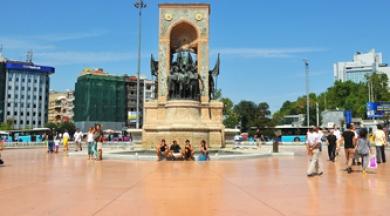 İşte halk oylamasına sunulacak üç Taksim Meydanı projesi