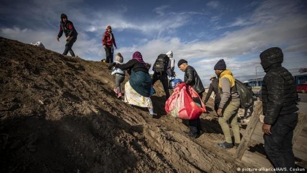 Arnavutluk, ABD'ye gidecek Afgan sığınmacılar için transit ülke olmayı kabul etti