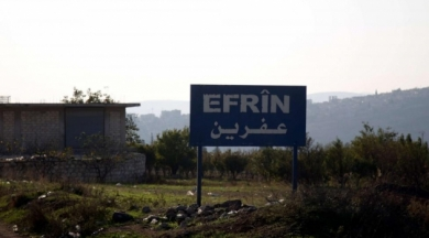 Türkiye'ye bağlı gruplar mezar taşlarını satıyor